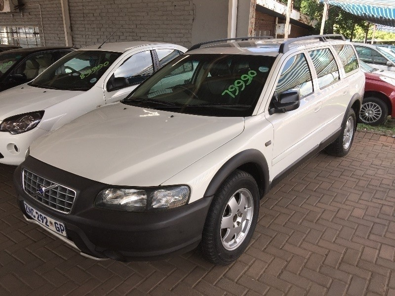 used volvo v70 xc a t for sale in gauteng id 1816881. Black Bedroom Furniture Sets. Home Design Ideas