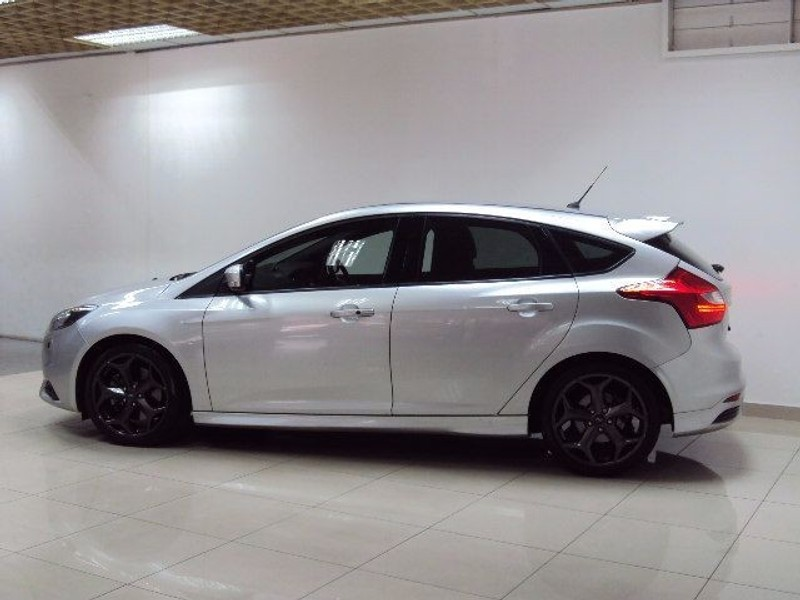 used ford focus st 5door ecoboost 2 0t st3 80000kms for sale in gauteng id 1818220. Black Bedroom Furniture Sets. Home Design Ideas
