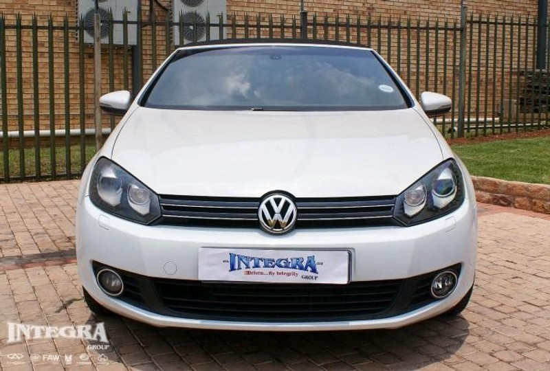used volkswagen golf vi 1 4 tsi cabrio c line for sale in. Black Bedroom Furniture Sets. Home Design Ideas