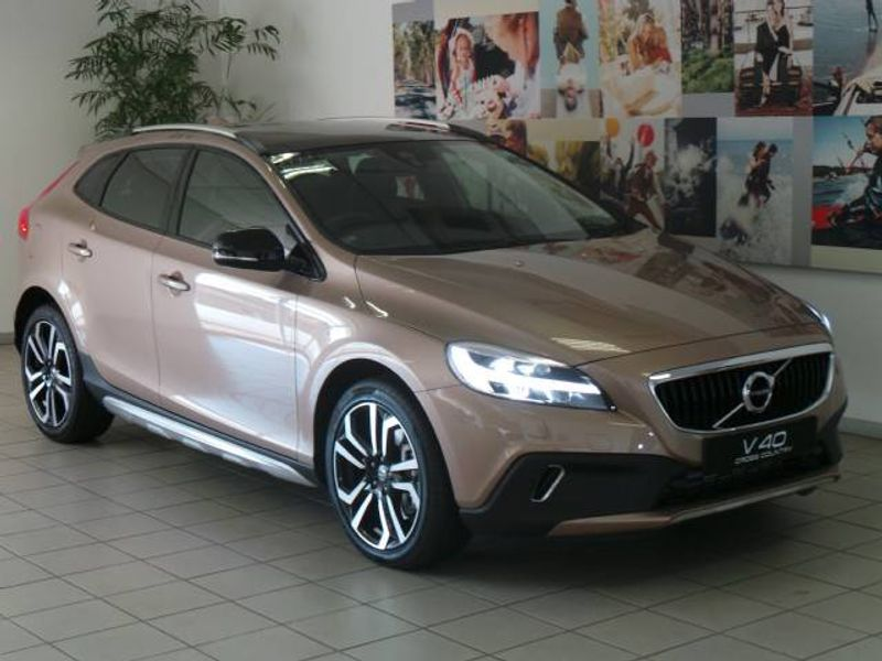 used volvo v40 cc d3 inscription geartronic for sale in gauteng id 1819025. Black Bedroom Furniture Sets. Home Design Ideas