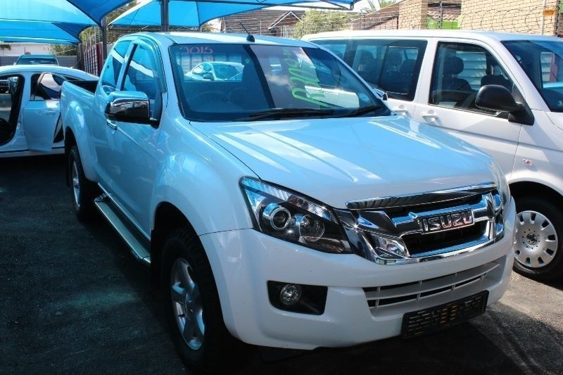 Used Isuzu KB Series 300 D-TEQ LX E/CAB Bakkie for sale in ...