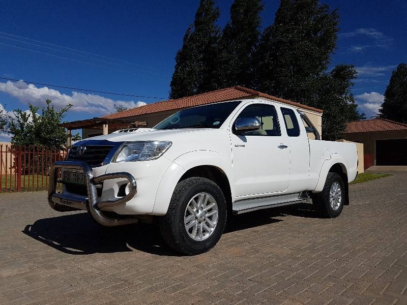 used toyota hilux raider xtra cab 4x4 p u s c for sale in northern cape id. Black Bedroom Furniture Sets. Home Design Ideas