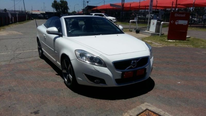 used volvo c70 t5 elite geartronic for sale in gauteng id 1822535. Black Bedroom Furniture Sets. Home Design Ideas