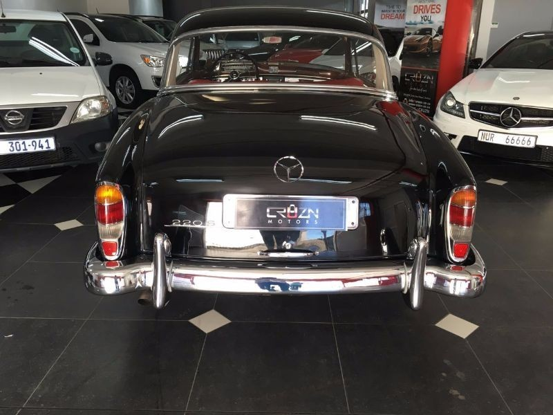 Used mercedes benz ponton 220s for sale in kwazulu natal for 1958 mercedes benz 220s for sale