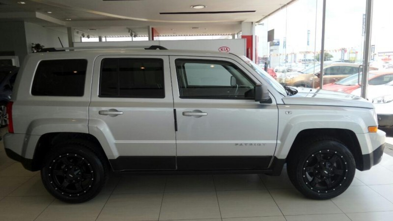 used jeep patriot 2 4 limited auto for sale in gauteng. Black Bedroom Furniture Sets. Home Design Ideas