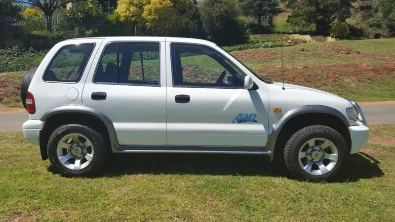 Used kia sportage 2 0 4x4 for sale in gauteng for 2001 kia sportage window motor