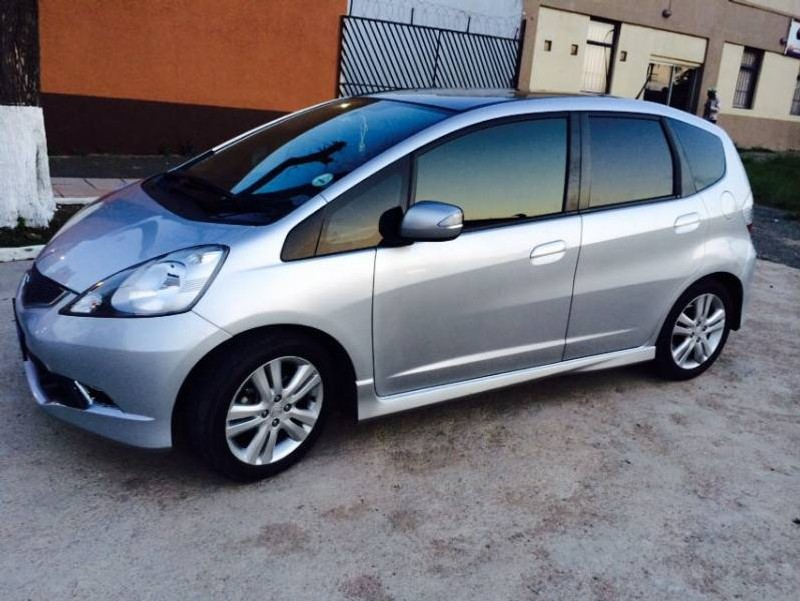 used honda jazz 1 5 executive a t for sale in gauteng id 1825833. Black Bedroom Furniture Sets. Home Design Ideas