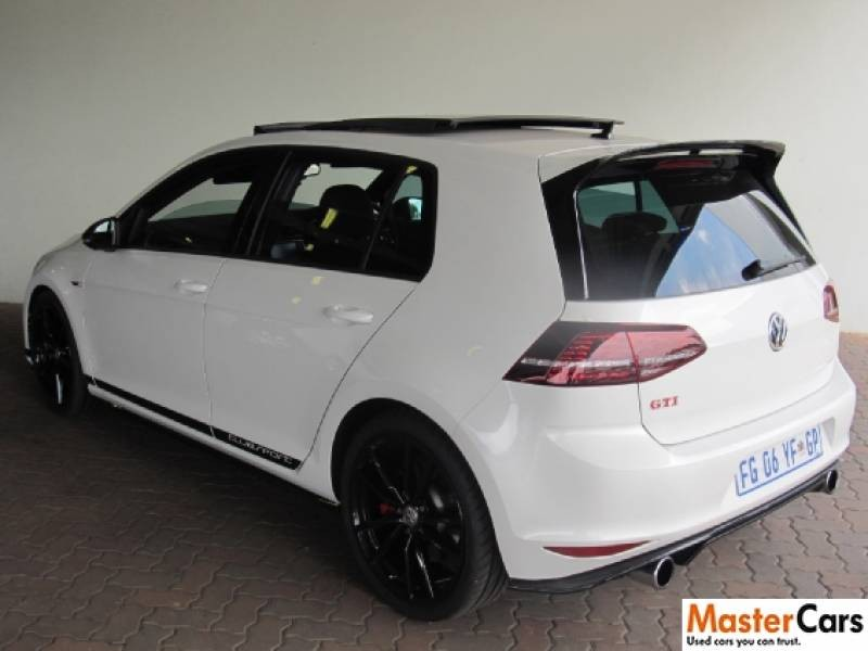used volkswagen golf vii gti 2 0 tsi dsg clubsport for. Black Bedroom Furniture Sets. Home Design Ideas