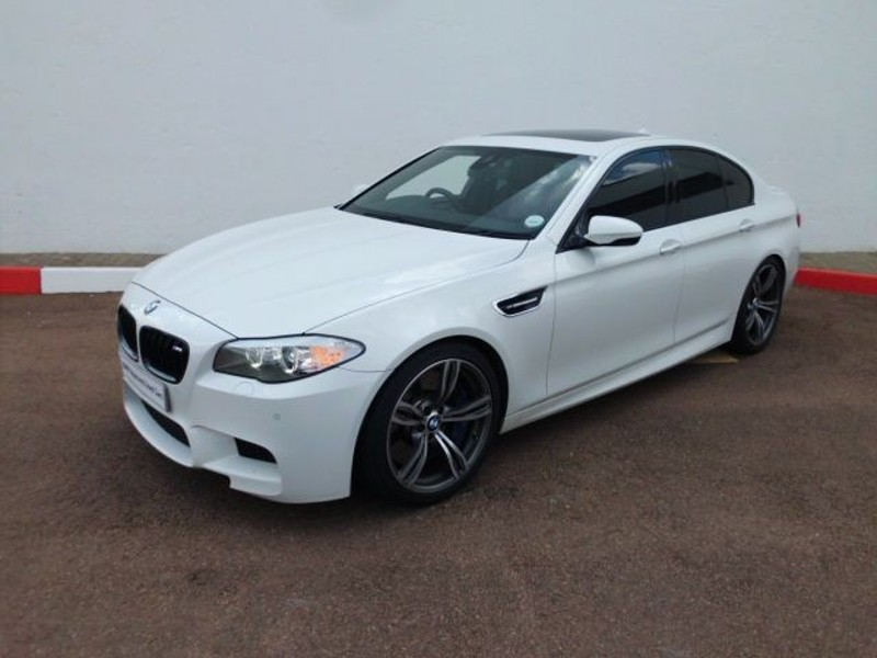 used bmw m5 f10 for sale in gauteng id 1827735. Black Bedroom Furniture Sets. Home Design Ideas