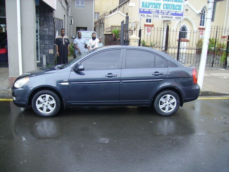 used hyundai accent 1 6 gls a t for sale in kwazulu natal. Black Bedroom Furniture Sets. Home Design Ideas