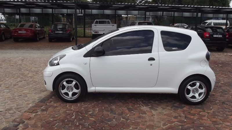 used toyota aygo 1 0 fresh 3dr for sale in gauteng id 1831639. Black Bedroom Furniture Sets. Home Design Ideas