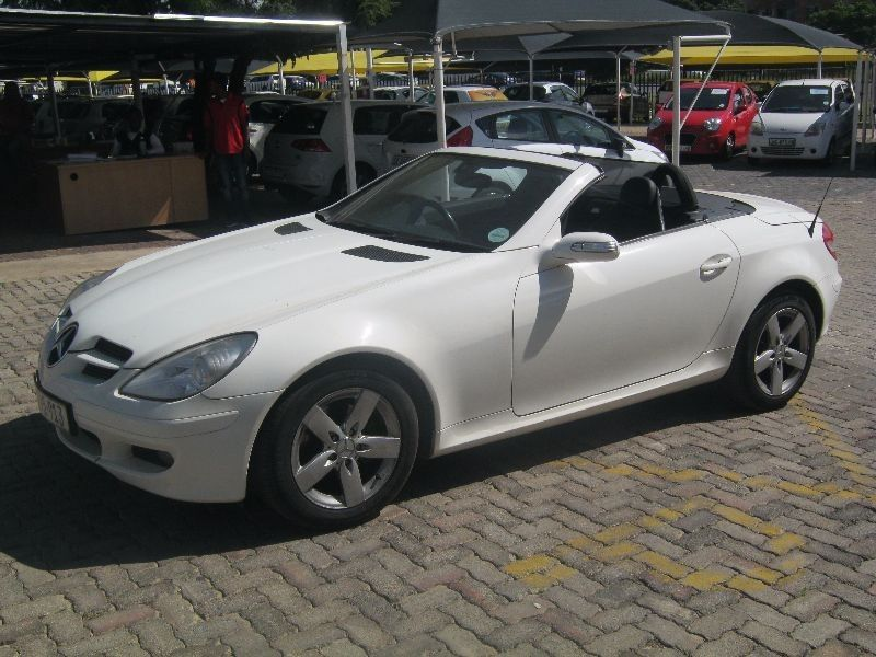 mercedes slk 200 kompressor 2006. Black Bedroom Furniture Sets. Home Design Ideas