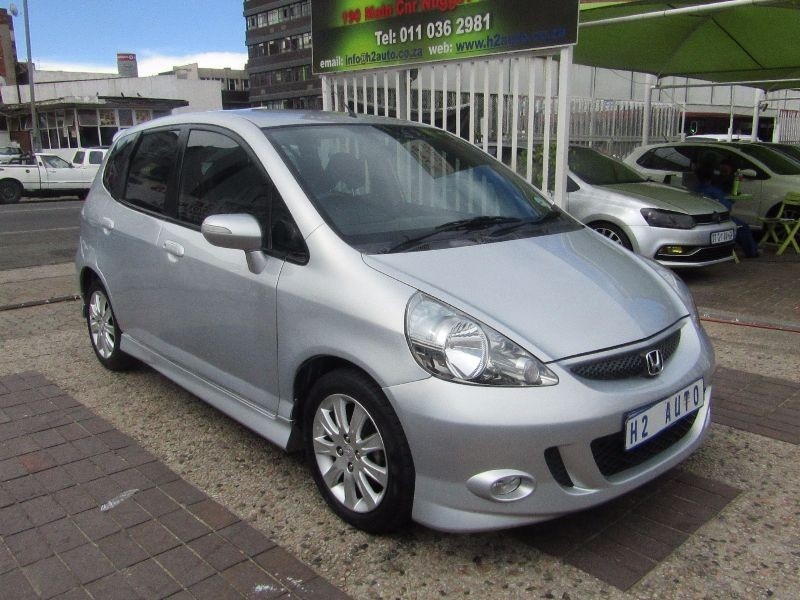 used honda jazz 1 5 executive for sale in gauteng id 1835568. Black Bedroom Furniture Sets. Home Design Ideas