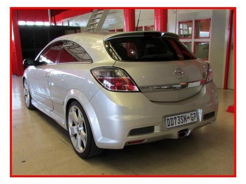used opel astra 2 0 opc for sale in gauteng id 1837807. Black Bedroom Furniture Sets. Home Design Ideas