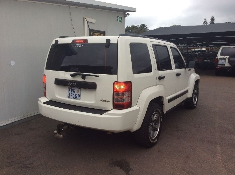used jeep cherokee 2 8 crd sport a t for sale in gauteng. Black Bedroom Furniture Sets. Home Design Ideas