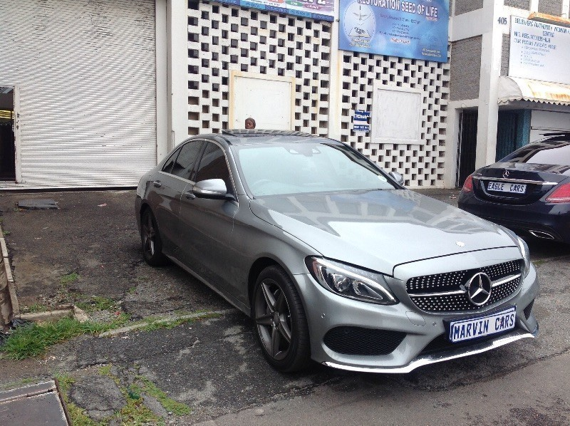 Used mercedes benz c class c180 amg line auto demo for for Mercedes benz demo cars