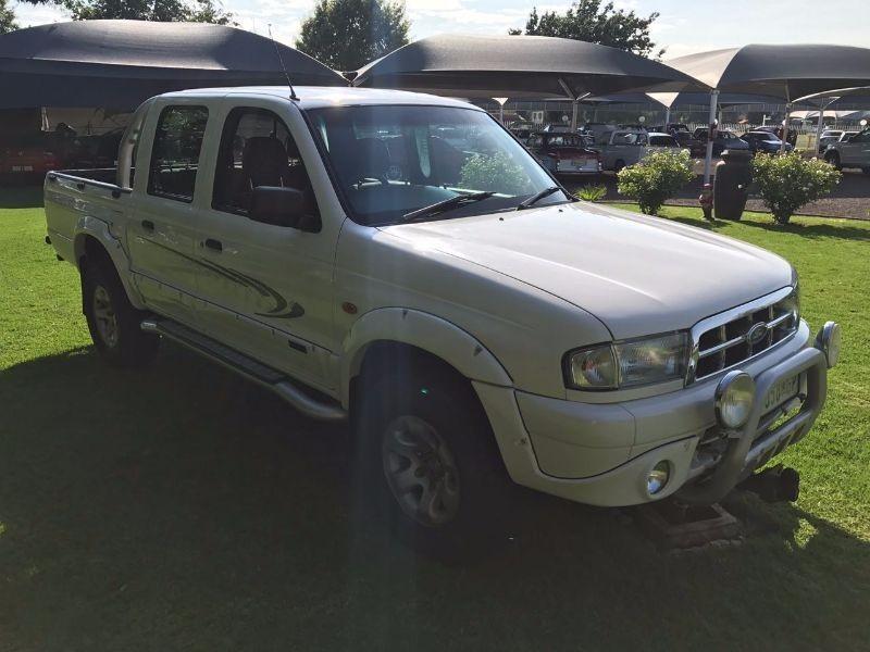 Used ford ranger 2500td montana xlt p u d c for sale in for Ford ranger motor oil type