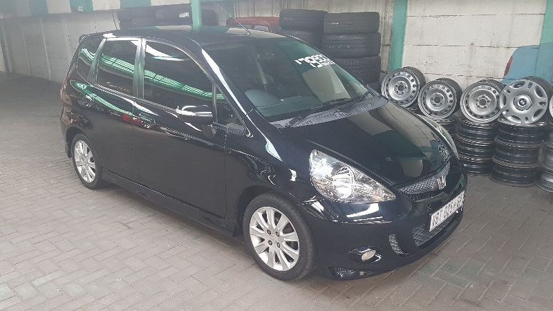 used honda jazz 1 5 executive a t for sale in gauteng id 1850551. Black Bedroom Furniture Sets. Home Design Ideas
