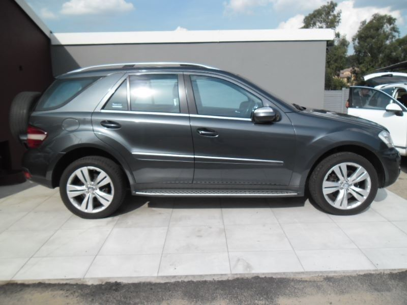 Used mercedes benz m class ml 350 a t for sale in gauteng for 2010 mercedes benz m class for sale