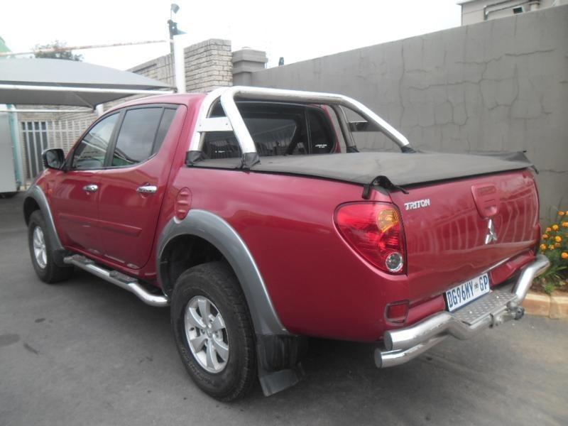 Used Mitsubishi Triton 3 5 V6 4x4 P  U D  C For Sale In