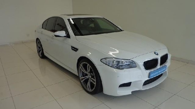 used bmw m5 f10 for sale in gauteng id 1855331. Black Bedroom Furniture Sets. Home Design Ideas