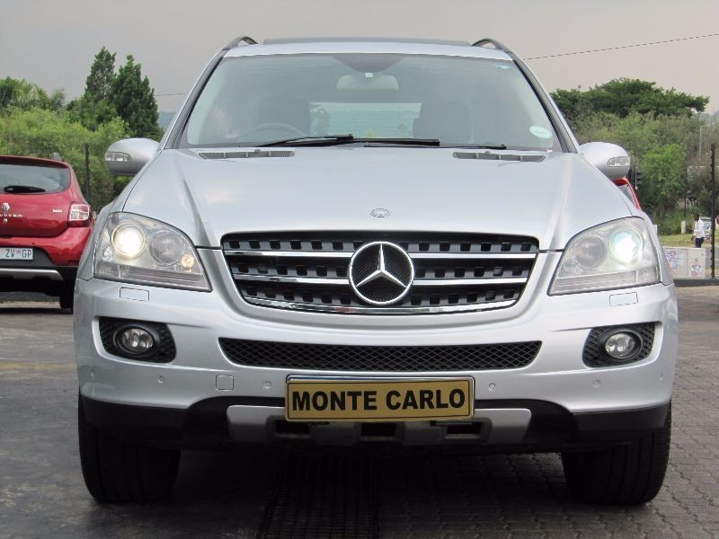used mercedes benz m class ml 500 a t for sale in gauteng id 1859784. Black Bedroom Furniture Sets. Home Design Ideas