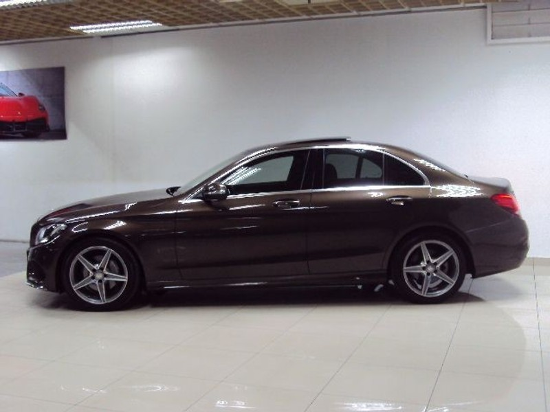 Used mercedes benz c class c180 amg line 7g tronic for Mercedes benz panoramic roof