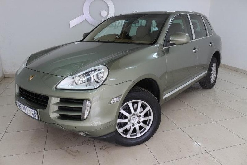 used porsche cayenne tiptronic for sale in gauteng id 1863043. Black Bedroom Furniture Sets. Home Design Ideas