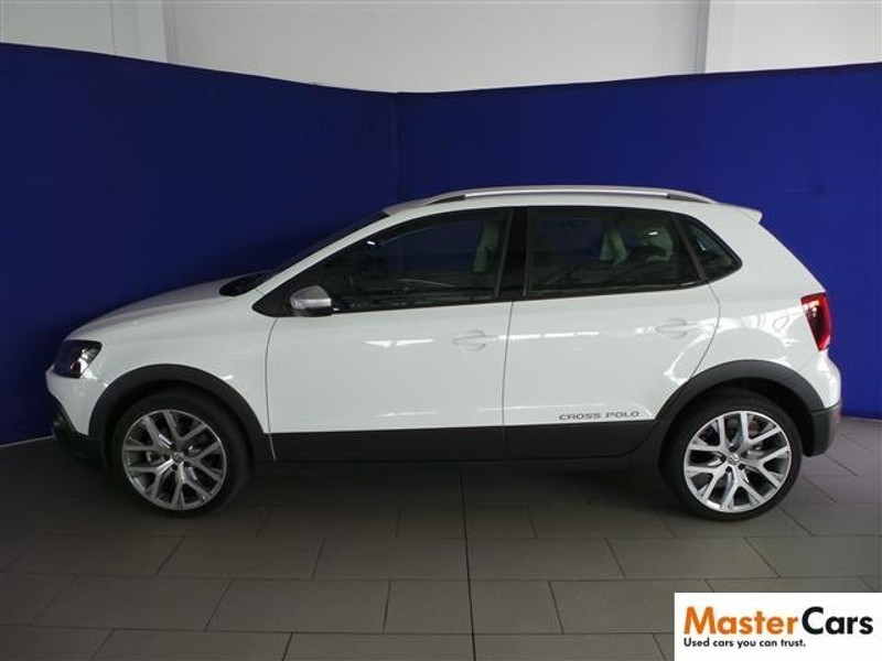 used volkswagen polo cross 1 2 tsi for sale in gauteng id 1864779. Black Bedroom Furniture Sets. Home Design Ideas