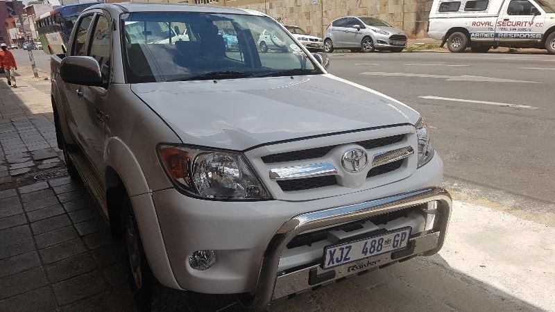 Used Toyota Hilux 2 7 Vvti Rb Srx Double Cab Bakkie For