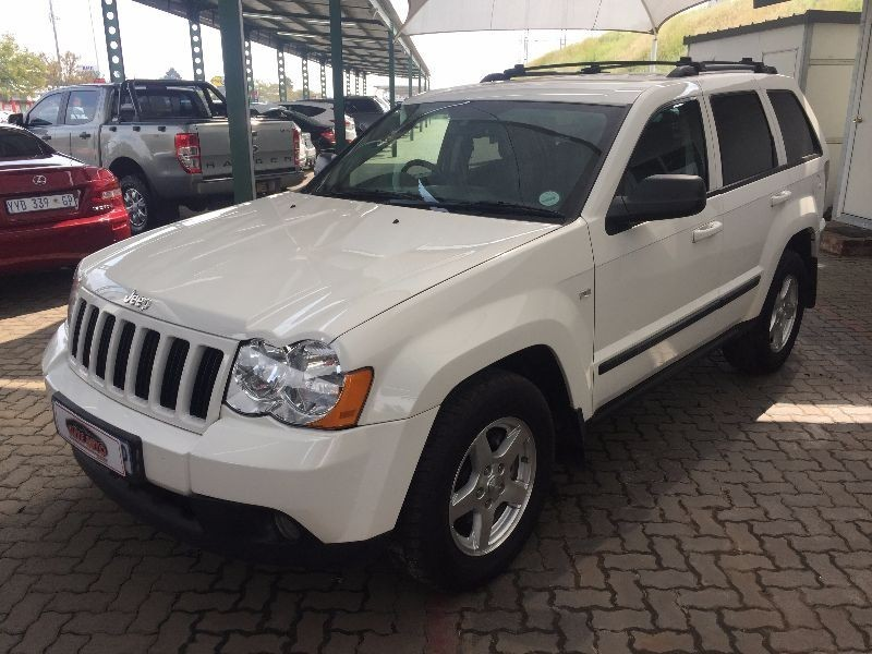 used jeep grand cherokee 3 0 crd laredo for sale in gauteng id 1871347. Black Bedroom Furniture Sets. Home Design Ideas
