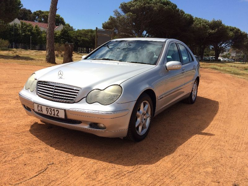 Used mercedes benz c class c240 elegance a t for sale in for Mercedes benz c class 2001