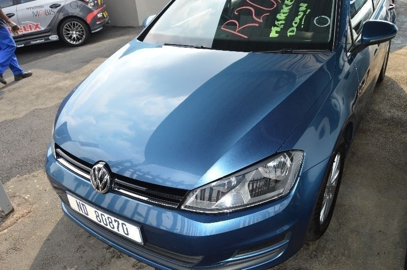 used volkswagen golf vii 1 2 tsi trendline for sale in gauteng id 1871936. Black Bedroom Furniture Sets. Home Design Ideas