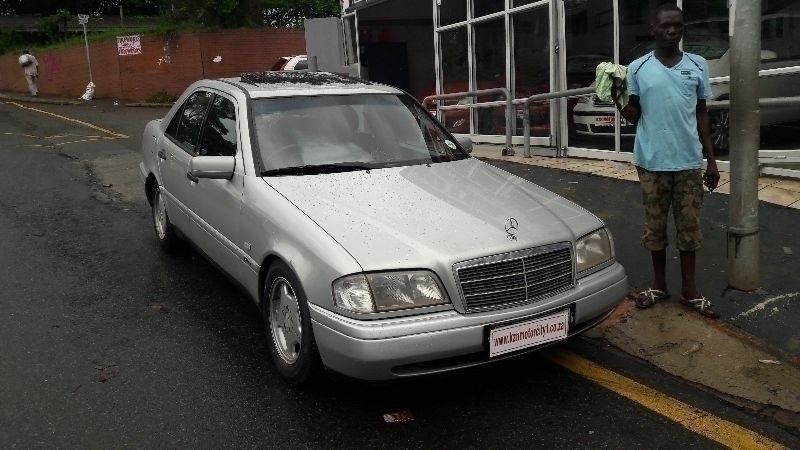 Kzn motorcity 1997 mercedes benz c class c230 kompressor for Mercedes benz c230 sport