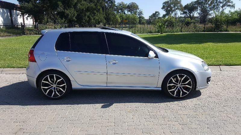 used volkswagen golf gti fsi for sale in gauteng id 1874748. Black Bedroom Furniture Sets. Home Design Ideas