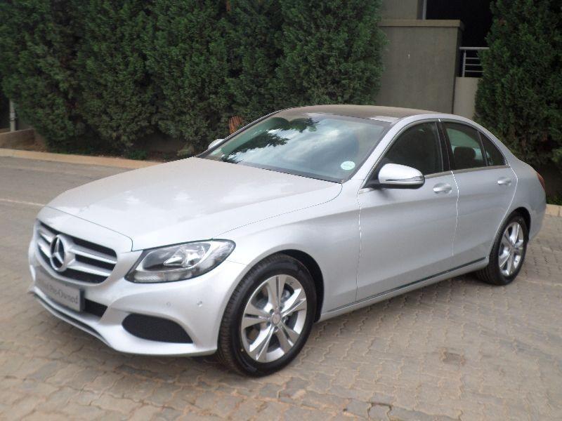 Safe car consumer report autos post for Mercedes benz c300 consumer reports