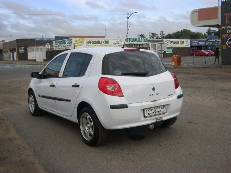 used renault clio iii 1 6 expression 5dr for sale in gauteng id 1878551. Black Bedroom Furniture Sets. Home Design Ideas