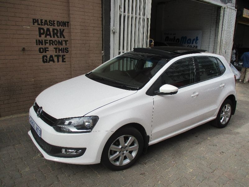 used volkswagen polo 1 4 with panoramic sunroof and. Black Bedroom Furniture Sets. Home Design Ideas