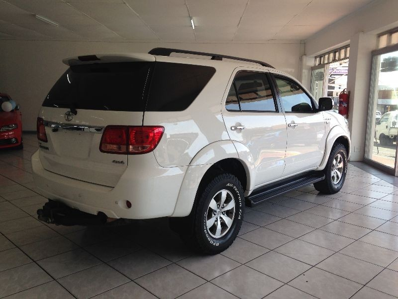 used toyota fortuner 2008 3l d4d 4x4   excellent condition