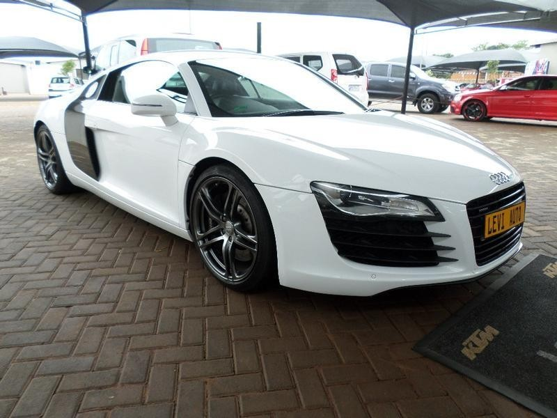 used audi r8 4 2 fsi quattro a t for sale in gauteng id 1881663. Black Bedroom Furniture Sets. Home Design Ideas
