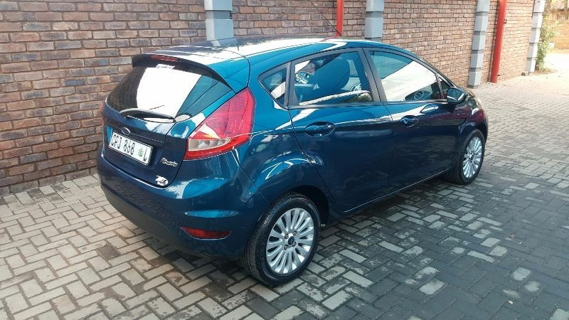 used ford fiesta trend 5dr for sale in gauteng cars. Black Bedroom Furniture Sets. Home Design Ideas