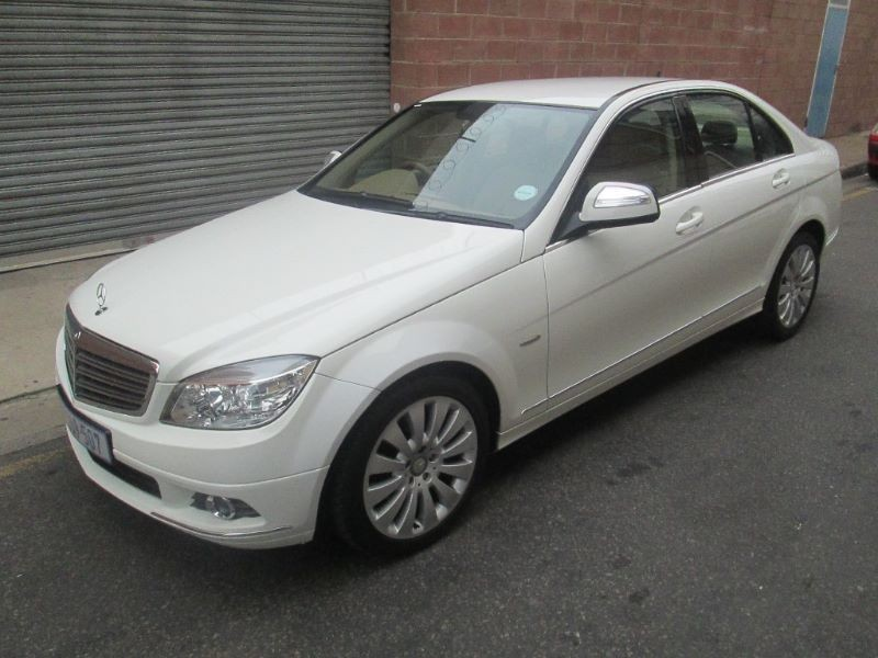Used mercedes benz c class c200k elegance a t for sale in for Mercedes benz c class 2008 for sale