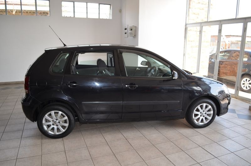 Used Volkswagen Polo 1 4 Trendline 5dr For Sale In Gauteng Cars Co Za Id 1882649