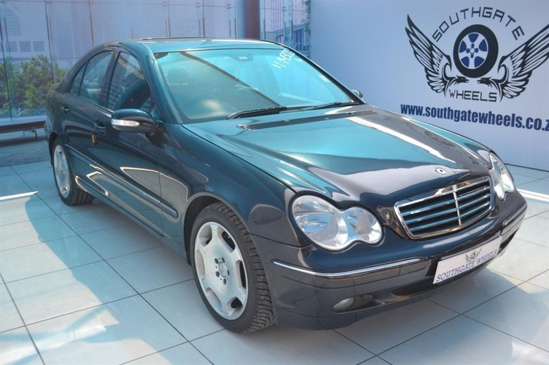 Used mercedes benz c class c350 elegance a t for sale in for Mercedes benz c class 2006 for sale