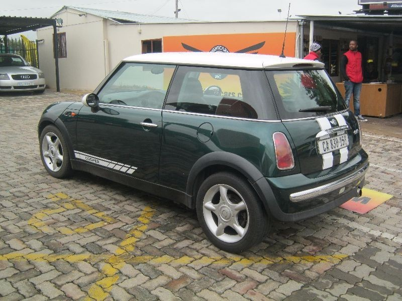 used mini cooper for sale in gauteng id 1889291. Black Bedroom Furniture Sets. Home Design Ideas