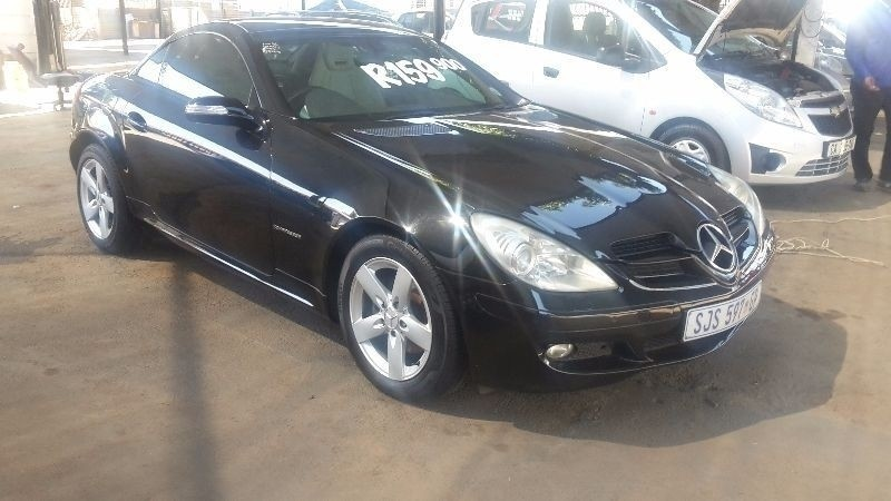 2005 mercedes benz slk 200 review. Black Bedroom Furniture Sets. Home Design Ideas
