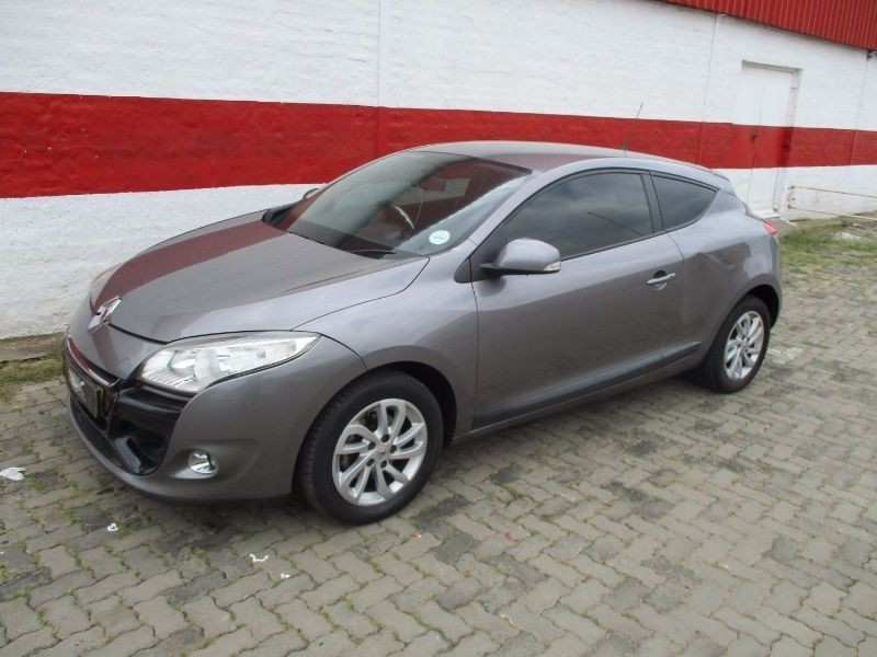 used renault megane iii 1 6 dynamique coupe for sale in gauteng id 1893044. Black Bedroom Furniture Sets. Home Design Ideas