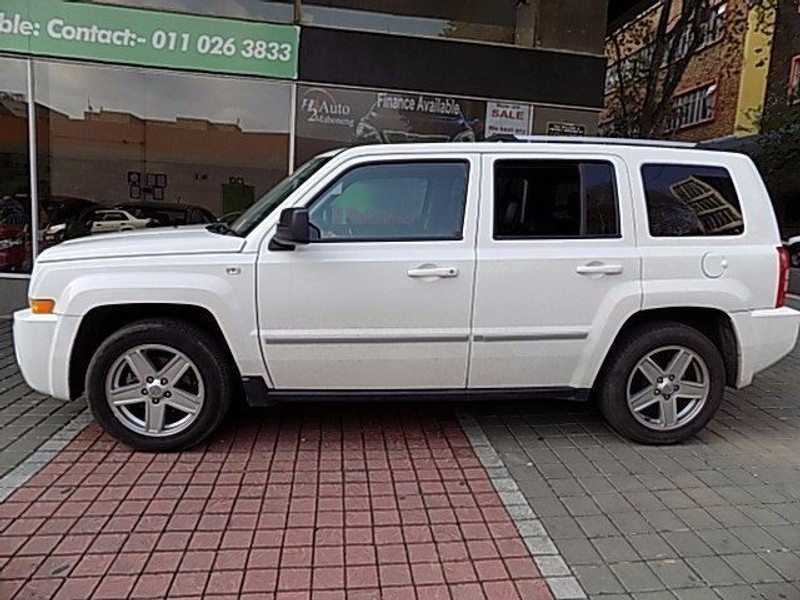 used jeep patriot 2 4 limited a t for sale in gauteng. Black Bedroom Furniture Sets. Home Design Ideas