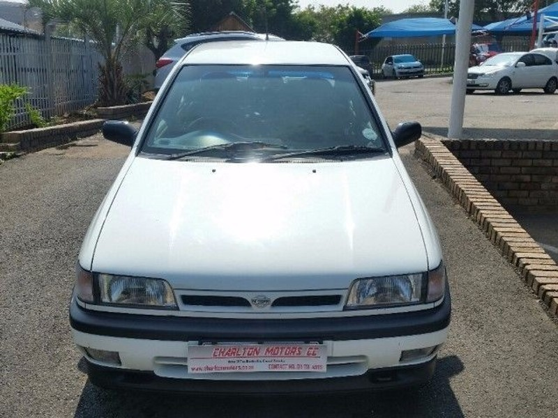 Used Nissan Sentra 160 Sti A/t for sale in Gauteng - Cars ...