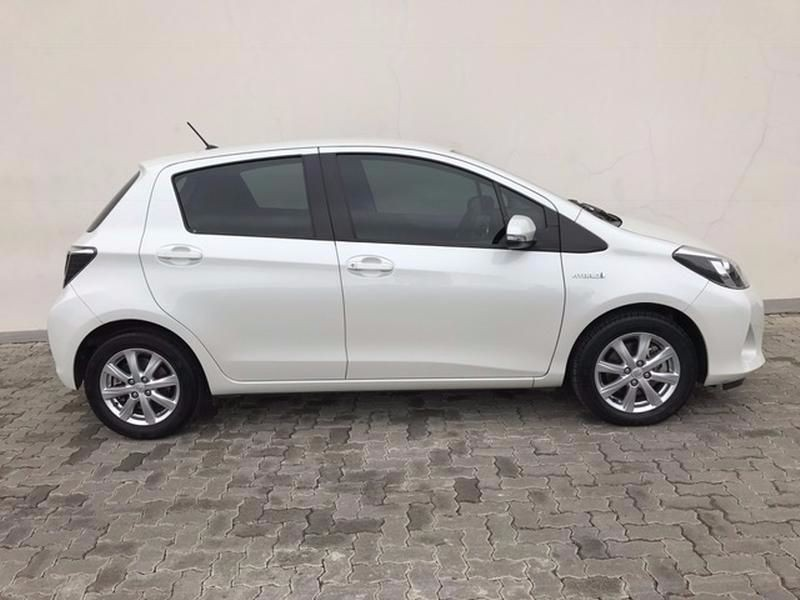 used toyota yaris 1 5 hsd xr 5dr hybrid for sale in gauteng id 1899596. Black Bedroom Furniture Sets. Home Design Ideas